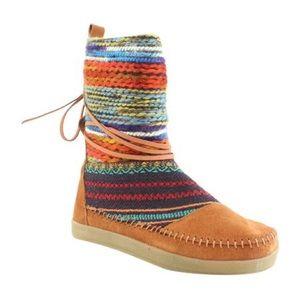 TOMS Cognac Suede Multi Color Weave Nepal Boots